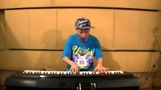 茶色の小瓶+桃太郎 桃太郎がクラシックの音楽にのせて軽快に鬼退治!! ㈱...