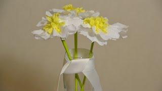 Цветок из бумаги своими руками. Обучающее видео для детей. | DIY Paper Flower(В этом видео мы с Димой научимся делать своими руками цветок из бумаги (ромашку). Для этого нам понадобится..., 2016-03-06T21:39:15.000Z)