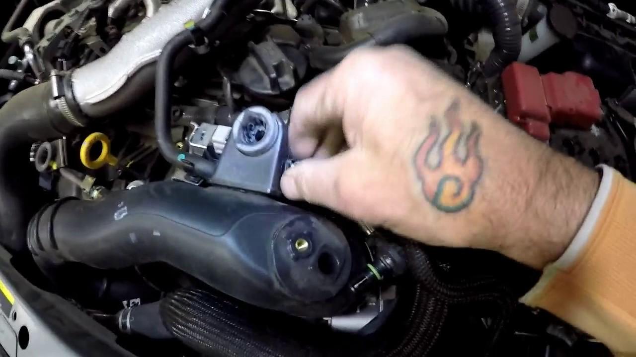 Nissan Juke Throttle Body Cleaning