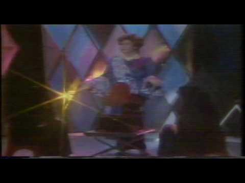 Azlina Aziz & Normadiah - lagu Medley