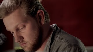 Alexander Wolfe - She Saw a Rabbit [Live from Dean St Studios]