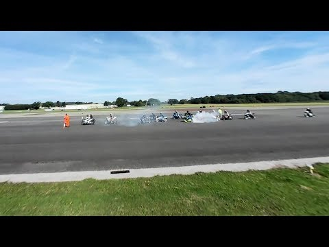 Dunsfold Wings and Wheels 360 degree cars on on the runway 2017