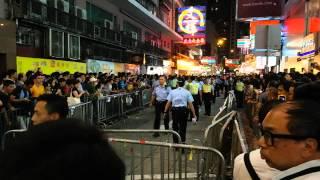 03oct2014 銅鑼灣市民要求警察拘捕打人的疑犯