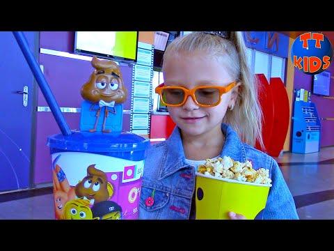 Едем в Кинотеатр, Ярослава потеряла Мишку, Шопинг в Магазине Игрушек Видео для детей