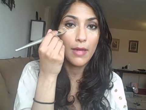 Video Makeup Tutorial: How to Properly Apply Under Eye Concealer ...