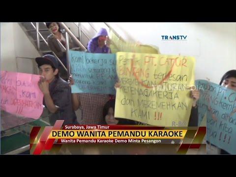 Wanita Pemandu Karaoke Demo Minta Pesangon