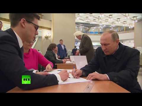 Putin casts vote