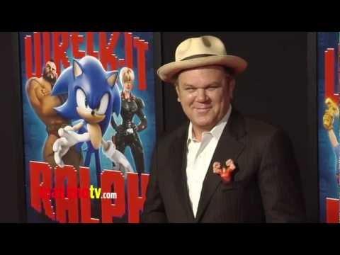 John C. Reilly WRECK-IT RALPH World Premiere Cherry-Red Carpet ARRIVALS - 동영상