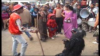 Repeat youtube video Azamgarh ki  barat ka dance  comedy    के  भोजपुरिरा डांस  video
