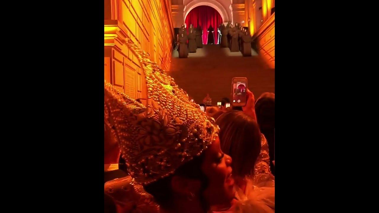 Rihanna & Sarah Paulson watch Madonna Performs at Met Gala 2018