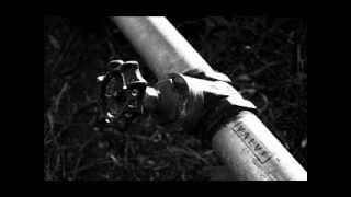 Valve Intro Song - Hazardous Environments (Extended) Resimi