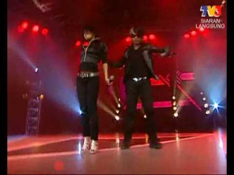Adam & Stacy - Menggegar Dunia (MTV @ Muzik25)