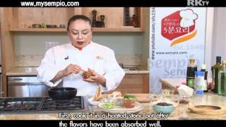 korean food kimchi soon tofu
