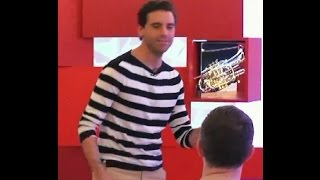 MIKA @ VOICE - COACHING AND DANCING (Funny moment)