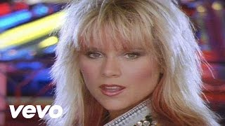 Смотреть клип Samantha Fox - I Promise You