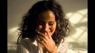 Mayra Andrade - Turbulensa