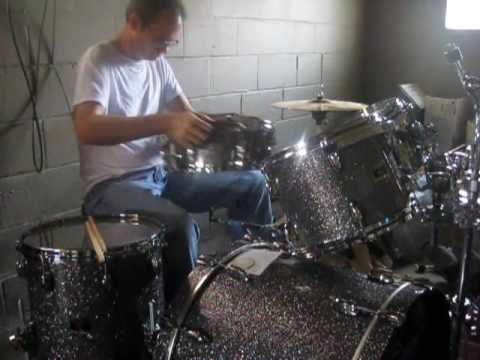 Gretsch Renown Maple Drums in Slate Silver Sparkle