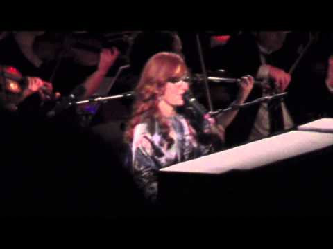 Tori Amos & the Metropole Orkest - Silent All These Years w/fuck up (Berlin 15.10.12)