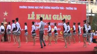 THPT Nguyễn Trãi - T. Tín - Con đường đến trường .flv
