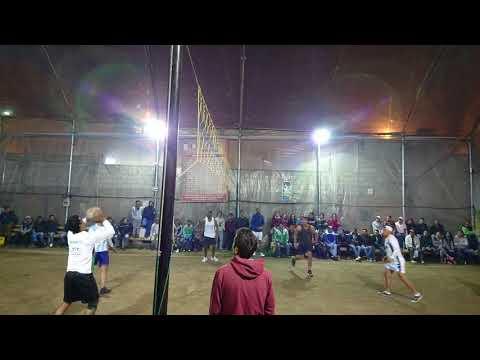 Ecuavoley - negro Lucho vs Negro Jonathan 1er set