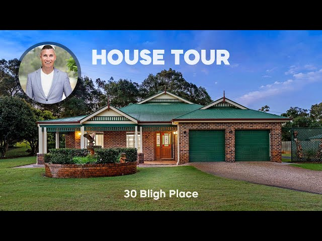 HOUSE TOUR   30 Bligh Place Drewvale   CHRIS GILMOUR