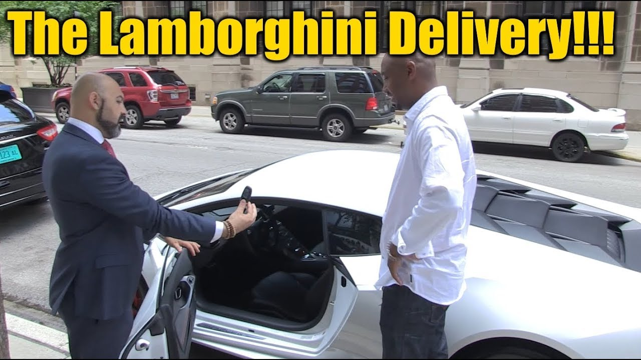 buying a lamborghini huracan pick up delivery behind the scenes youtube. Black Bedroom Furniture Sets. Home Design Ideas