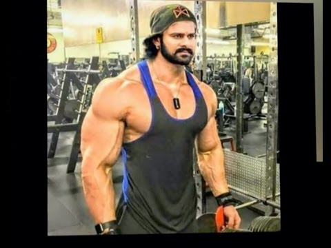 Prabhas 8 pack body look for bahubali 2 youtube prabhas 8 pack body look for bahubali 2 thecheapjerseys Choice Image