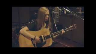 Little Red Riding Hood - Amanda Seyfried - Video Clip with lyrics