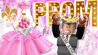 Her BOYFRIEND is my PROM KING?! Roblox Royale High 👑