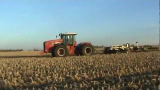 Versatile 575 & 535 Tractors pulling M&W Earthmaster's