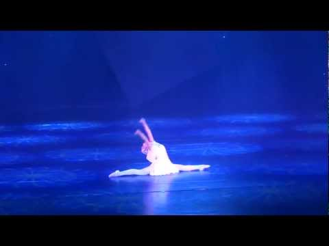 Rosalyn's Chinese Dance Performance in Shenzhen 2012