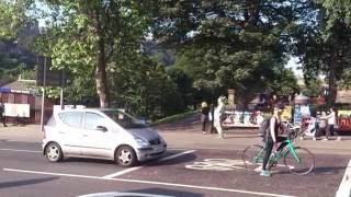 Dudelsackspieler Waverley Bridge Edinburgh 2016