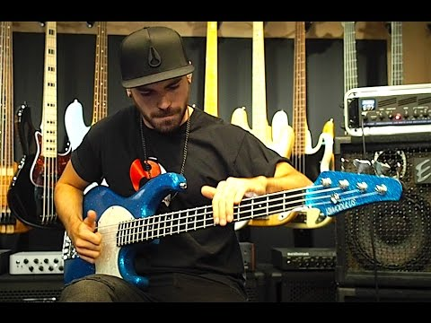 Download Youtube: EXTREME SLAP BASS SOLO VOL 2 (by Miki Santamaria) - With TABS!