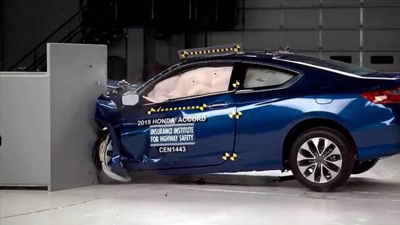 IIHS   2015 Honda Accord 2 Door Coupe   Small Overlap Crash Test / GOOD  EVALUATION   YouTube