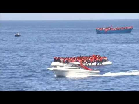 Migrant Crisis: Libyan coastguard 'colluding' with smugglers