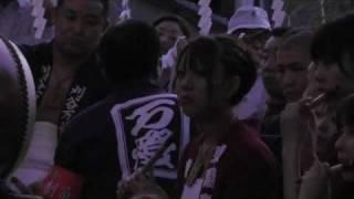 2010.8.1愛知県刈谷市で行われた万燈祭。 本楽 東陽町の神前舞の様子。