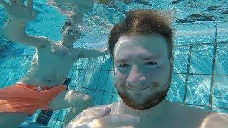 Schwimmen mit Sola | Maxim Daily Vlog [001]