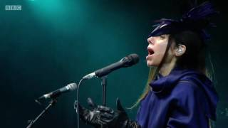PJ HARVEY - Dollar Dollar - Glastonbury 2016