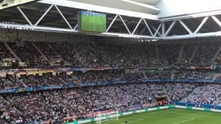 Немецкие болельщики поют гимн Германии(, 2016-06-26T20:41:26.000Z)