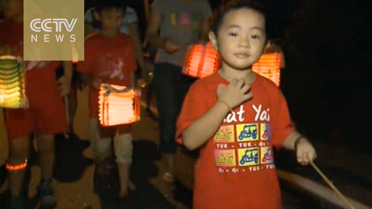 Mid-Autumn Festival: Lantern parade lights up Malaysia's sky