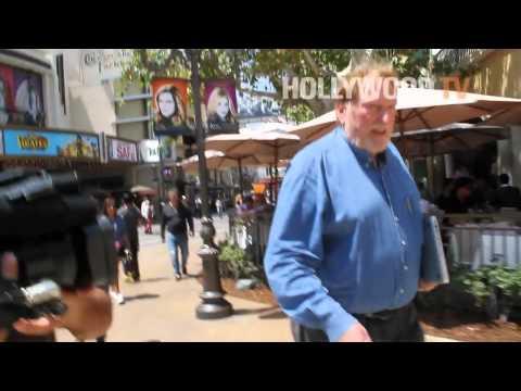 Jeffrey Jones Forgets About 'Feris Bueller's Day Off'!