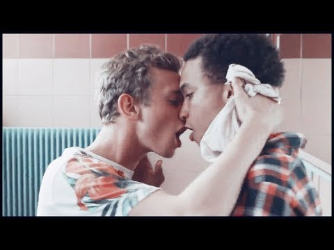 Hot Gay Kiss from YouTube · Duration:  6 seconds