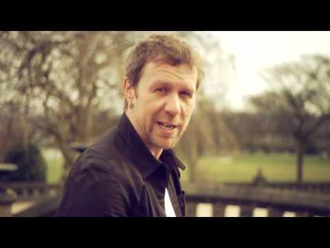 Tony Wright (Terrorvision) - Solo Acoustic Pledge