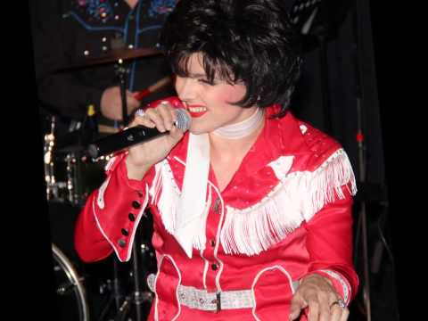 The legendary Patsy Cline show with Amberley Beatty and the sweet dreams
