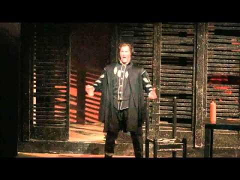 """James Valenti performs """"La donna e mobile"""" in the Dallas Opera's RIGOLETTO"""
