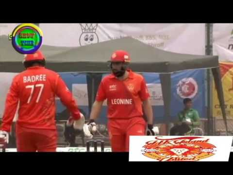 misbah ON fire in HK Blitz T20  82 on 50