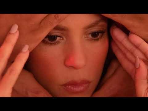 Download Shakira & Black Eyed Peas: Girl Like Me (Official BTS Video)(7)
