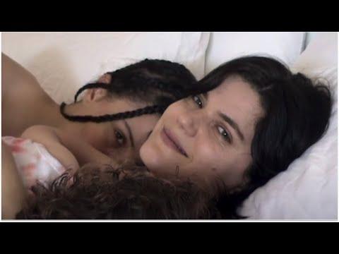 Смотреть клип Soko - Let Me Adore You