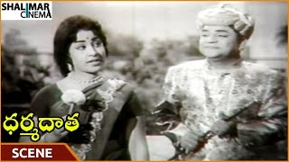 Dharma Daata Movie || Padmanabham Angry On Geethanjali For Telling Queen || ANR || Shalimarcinema