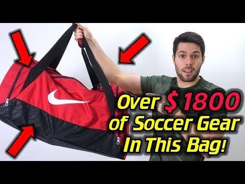 BEST SOCCER GEAR FOR WINTER! - What's In My Soccer Bag - November 2017